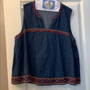 Gap denim tank top with pattern trim